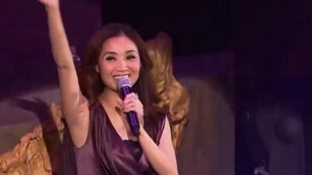 这首歌热情奔放、朝气蓬勃,是张智霖的最出名的歌曲之一!