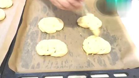 花样面包新做法,简单美味的馅饼面包,家里人都爱吃