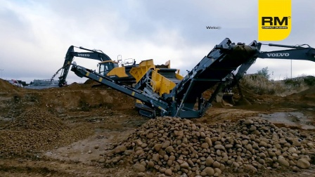9_RM HS3500M screening top soil in Norway