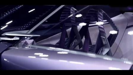无论内装外观,这辆车都在挑战着大家的美学极限!尤其是那概念座椅