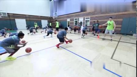 美国青少年篮球训练课视频,普通成人都完不成!