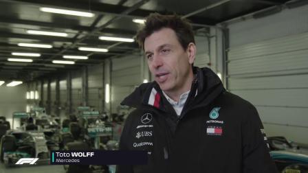 F1 2019奔驰新车银石首航!44和77齐上阵!