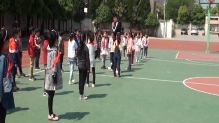 《走與游戲》小學二年級體育,劉寧