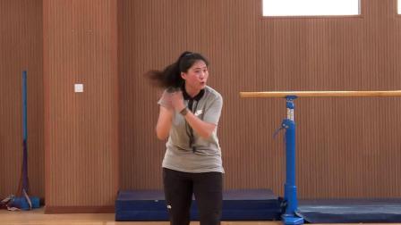 《走和跑:障礙跑》滬教版體育四年級,陳嵐