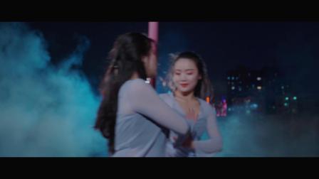 丹丹静静双人舞《依恋》