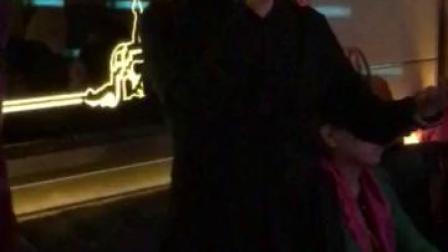 卡拉OK,现代京剧:《智斗》凤霞表演