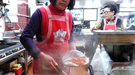明知大学门口的小店,据说是全韩有名,还好当时留了个影像