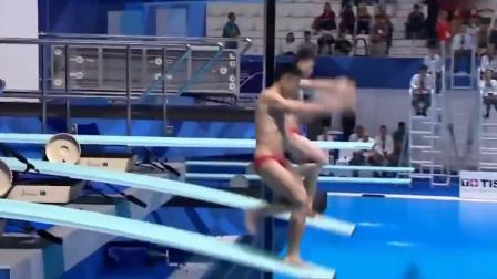 中国男女跳水队最后完美一跳