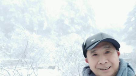 瓦屋山位于四川洪雅县内,海拔2800米,每年12月到3月期间