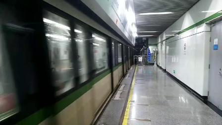 上海地铁2号线278号车出浦东国际机场