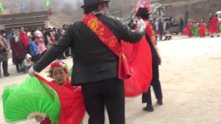 坝沟社火:扇子舞