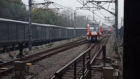 南京地铁2号线油坊桥站折返