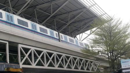 广州地铁5号线【滘口方向】L4型蓝门车05x097-098坦尾站②号站台出站