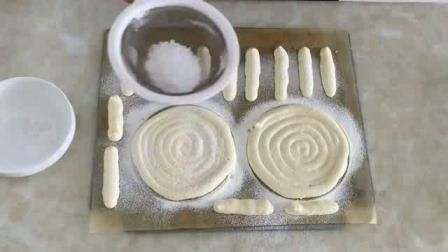 烤箱做蛋糕 跟着君之学烘焙 君之戚风蛋糕的做法