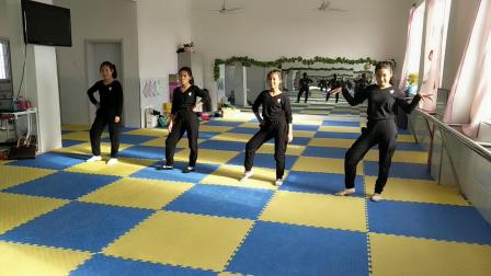 格格舞蹈班《s&m》杨乐乐,张金奇,宋丽阳,冯诗文