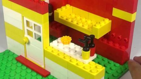 创意积木玩具美味蛋糕店