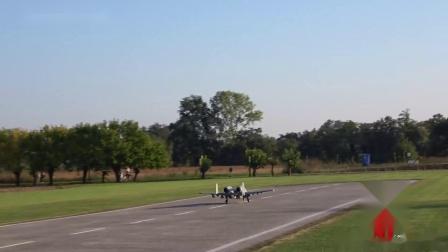 【涡喷像真机】发射红外诱饵弹的航模A-10雷电攻击机飞行表演