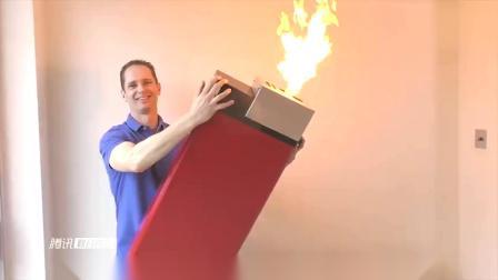 国外小伙做出超大号打火机,使用时就像喷火枪,火力太猛!