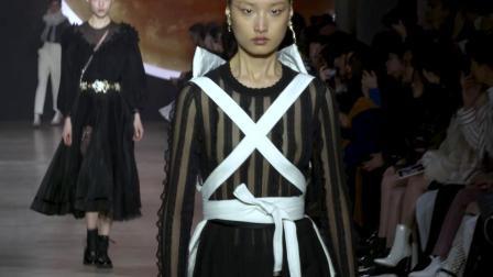 Shiatzy Chen F/W 2019 Fashion Show