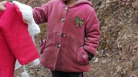 捐衣服给贫困山区地址谁有?2018捐衣服怎么捐!