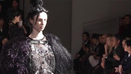 Comme des Garçons F/W 2019 Fashion Show