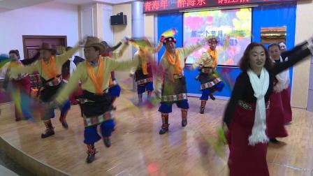 民和回族土族自治县健民锅庄队成立仪式上的演出(3)