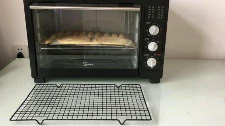 烘焙入门 佛山烘焙面包培训学校 杜仁杰实战烘焙学校