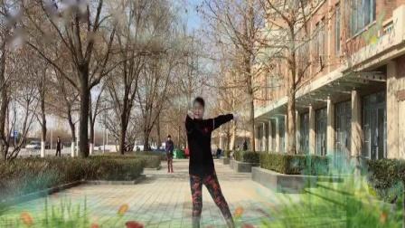 大金操北京舞动青春健身队展演大金新(1-6)组合操