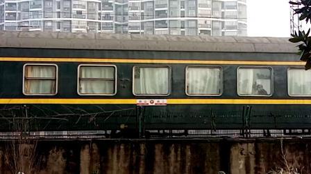 HXD1D0205-K1191次 南京-南宁 晚点7分钟新余1站台3道进站 经典小绿皮 25G宁局南段
