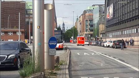 紧急行动 am Hamburger HBF-消防und 救护车服务