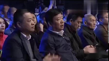 武林笼中对:中国选手胡完尼西最后时刻击败日本选手,精彩!