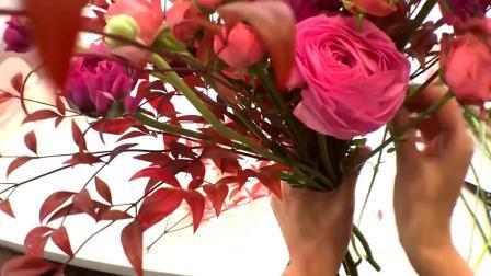 花艺插花视频教程韩式花束珊瑚花束包装2