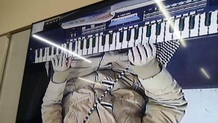 易老师电子琴教学故乡的亲人左右手演奏