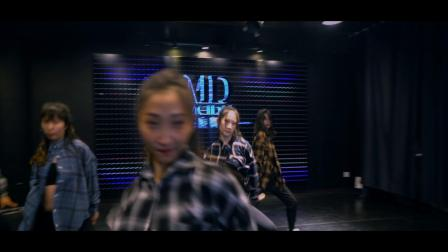 南京美度舞蹈培训 #歌曲#it's a Vibe 文樱老师和教练班同学们爵士舞,一定要看到最后哦,教练班宝宝们越来越棒了,眼神好妖娆啊!!