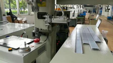 钢盖机床加工上下料桁架机械手