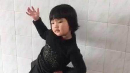 请为三岁小萌宝点个赞 谢谢!