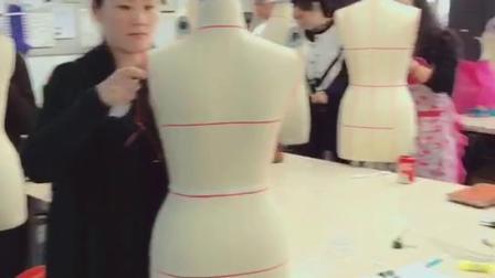 金华服装设计培训学校|自己做衣服要学多久