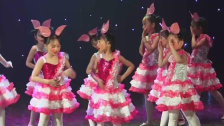 """""""一带一路·越南印象""""中越青少年舞蹈交流展演j节目《可爱小猪》"""