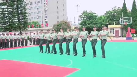 齐步走、正步走、跑步走……兵哥哥兵姐姐日常队列训练是这样的!(作者:张立超 郝伟