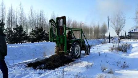 冰天雪地钻坑机电线杆钻坑机依安县牛人刘凤勇研发制造