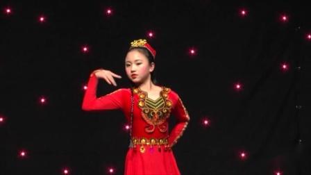 魅力校园第25届中新国际青少年艺术交流盛典《花儿为什么这么红》