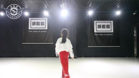 李晗瑜宝贝舞蹈个人秀  海城胡图图女子流行舞