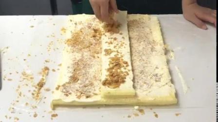 老铁们,这是你们爱的拿破仑蛋糕哟