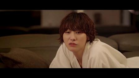 韩国爱情伦理类型的电影《女教师》3