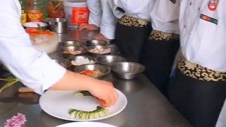 河南学厨师,好的厨师学校