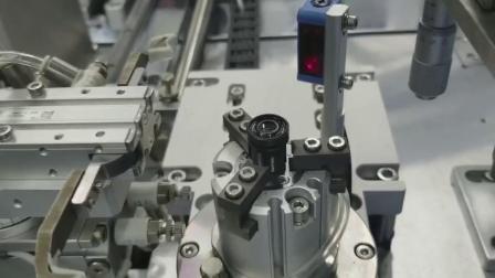 镜头全自动旋转喷胶,高科技技术公司,自动喷胶机,高速自动机,喷胶自动化