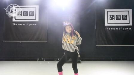 王梓滕宝贝舞蹈个人秀 海城胡图图女子流行舞