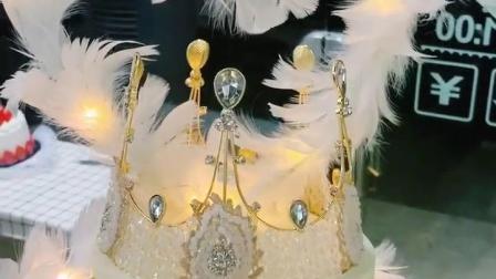 我才是这条gai上最仙的人,哈哈哈#杭州 #下沙 #生日蛋糕 #网红 #白色情人节