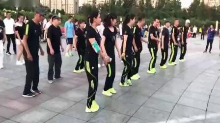 鬼步舞教学基础舞步,抖音鬼步舞教学2020微信有红包吗