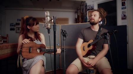 Tobias Elof & Zoë Beste弹唱尤克里里